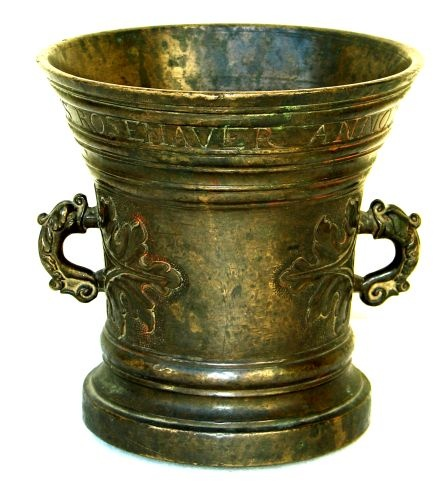 Bronze mortar from Kingdom of Hungary / Transylvania. Muzeul Naţional Brukenthal, Sibiu (Hermannstadt, Nagyszeben), Transylvania (Romania).