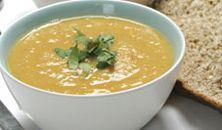 Wortel- en rode linzen soep
