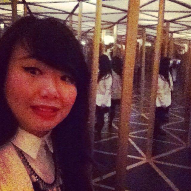 Best David Beckham Mirror Maze Images On Pinterest David - Brilliant mirrors reveal hidden sides selfie culture