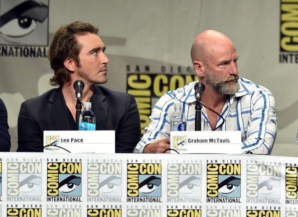 Lee Pace Photos Photos - (L-R) Actors Lee Pace and Graham McTavish attend the Warner Bros. Pictures panel and presentation during Comic-Con International 2014 at San Diego Convention Center on July 26, 2014 in San Diego, California. - Legendary Pictures Preview And Panel - Comic-Con International 2014