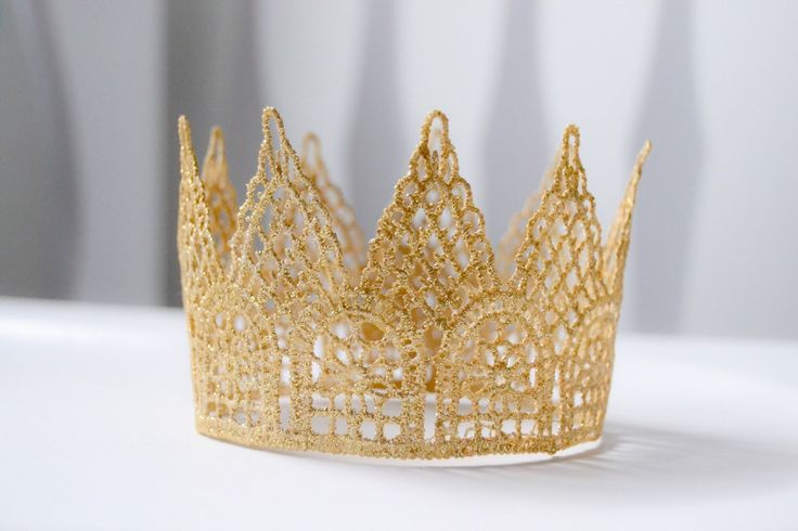 Mini Lace Gold Crown, Crown cake topper Princess crown by InspiredLilParties on Etsy https://www.etsy.com/listing/216485950/mini-lace-gold-crown-crown-cake-topper