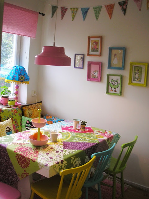 Heart handmade uk super bright colours and kitschy cute for Cute dining room decor