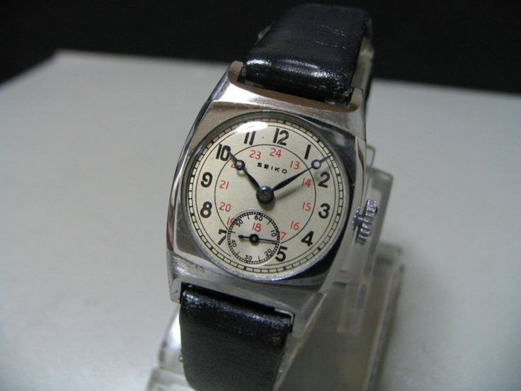 """Japan SEIKO mechanical watch """"Type 9"""" in 1930's  Movement: New 9, SEIKOSHA, Hand-winding, 7 jewels"""