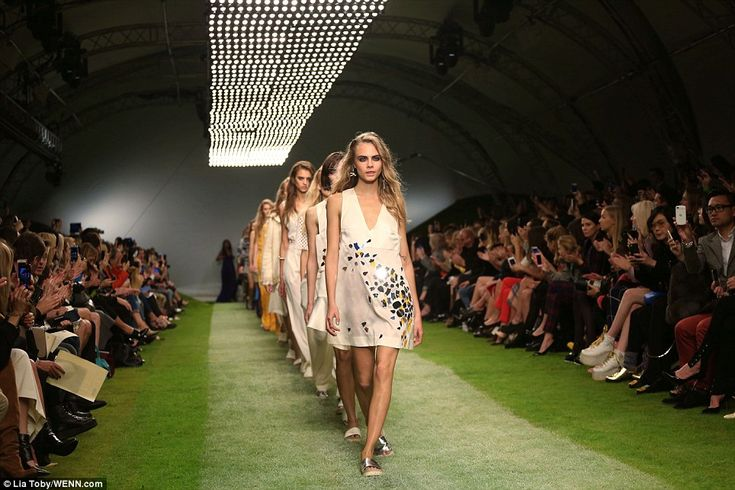 Cara Delevingne leading the march at Topshop Unique's London Fashion Week show. Tomorrow's fashion today. www.Wowcracy.com