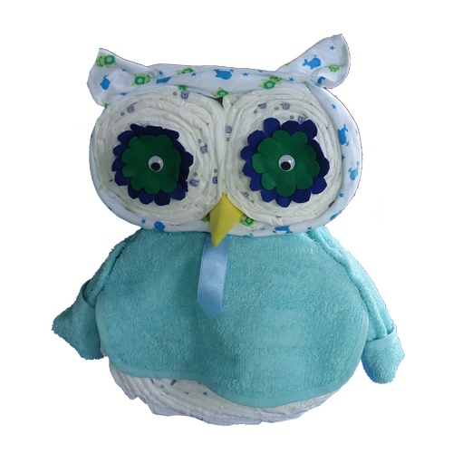 """Adorable owl made up of items for baby. Instructions NOT in English...would be a """"figure-it-out"""" kind of project. lol <3"""
