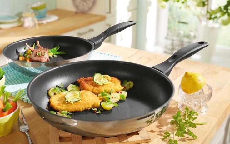 Gotuj szybko, zdrowo i energooszczędnie. Tytanowe patelnie indukcyjne w dwóch rozmiarach – dostępne w Lidlu.