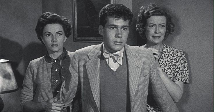 http://metv.com/stories/jack-larson-televisions-first-jimmy-olsen-dies-at-87