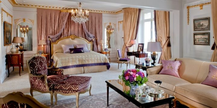 Royal Suite at Hôtel Plaza Athénée