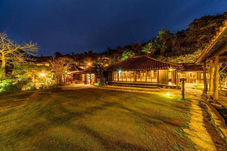 幻想的な空間でゆったり。沖縄「うふやー」で、絶品沖縄料理と絶景を楽しもう! - macaroni
