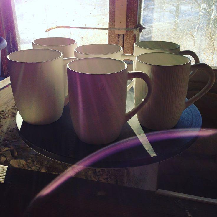 Handmade porcelain mugs made by Saara Paatero-Burtsov