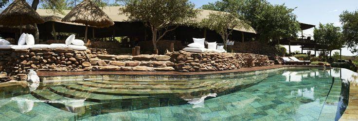 Singita Faru Faru - Luxuslodge im privaten Grumeti Reserve. Exklusives Safarierlebnis und die Große Migration in Tansania im Juni und Juli erleben