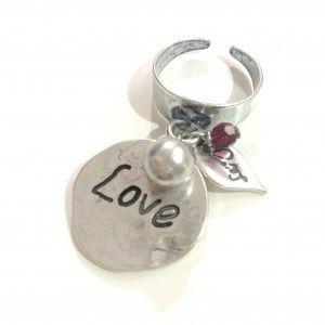 """Love, anello con  Medaglietta ed incisione """"Love""""."""
