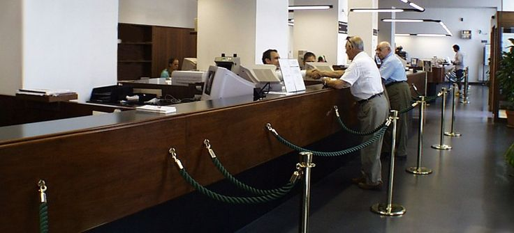 Sì al licenziamento del cassiere di banca che negozia assegni non trasferibili: http://www.lavorofisco.it/?p=17409