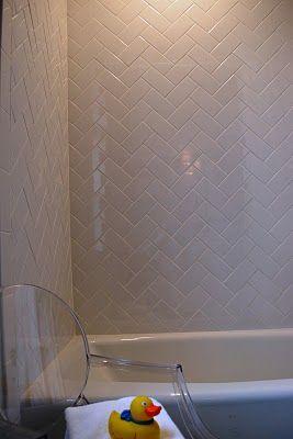 herringbone subway tiles: Bathroom Design, Herringbone Subway Tile, Idea, Kids Bathroom, Subway Tiles Lov, Master Bath, Subway Tile Patterns, Bathroom Tile, Herringbone Patterns