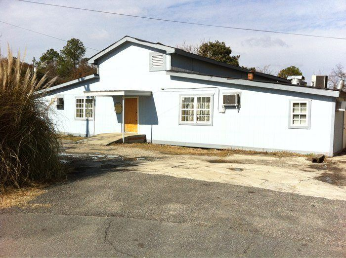 Owens Boarding House 106 Young Ave Warner Robins GA 31093