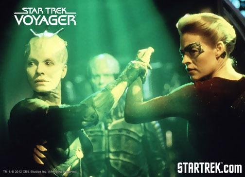 Borg queen seven of nine star trek voyager for Mirror janeway