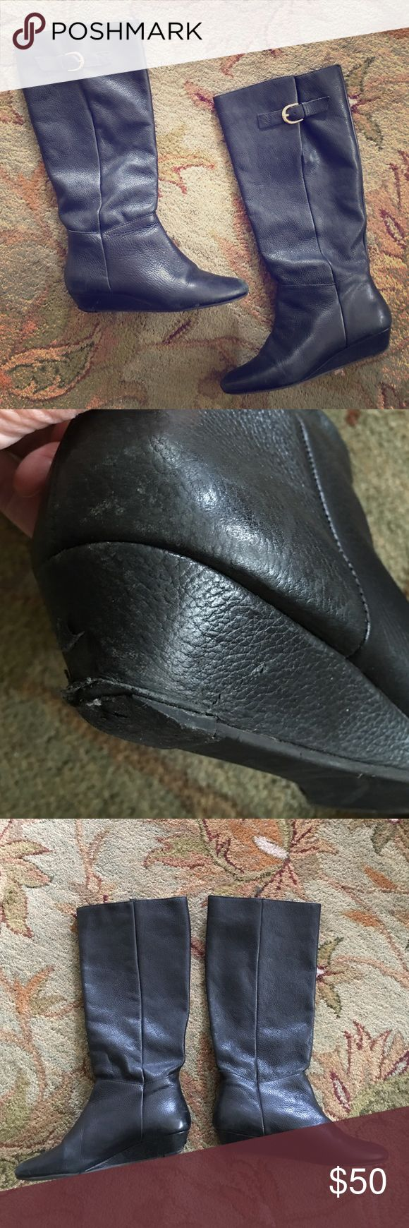 Size 7 Steve Madden INTYCE black leather boots 🌑 Size 7 Steve Madden INTYCE black leather boots 🌑 they do have some wear on the heel but they still look great and still have so much love to give! I bought these at Nordstrom for $150. Steve Madden Shoes Heeled Boots