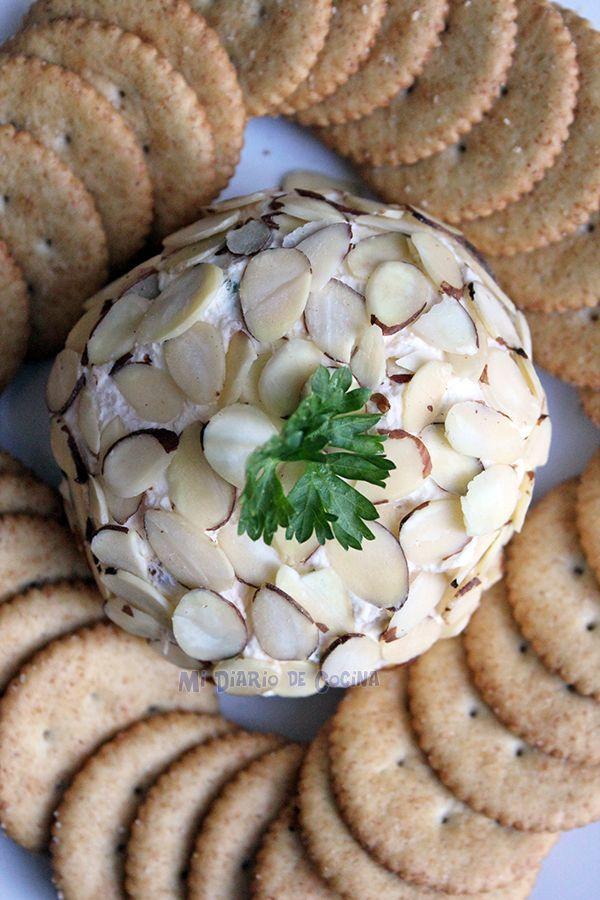 Mi Diario de Cocina   Bola de queso crema y salmón ahumado   http://www.midiariodecocina.com/
