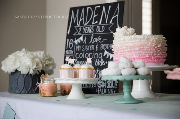 Cute shabby chic party with lots of Patry stock http://partystock.ca/blog/modern-pink-and-mint-party/