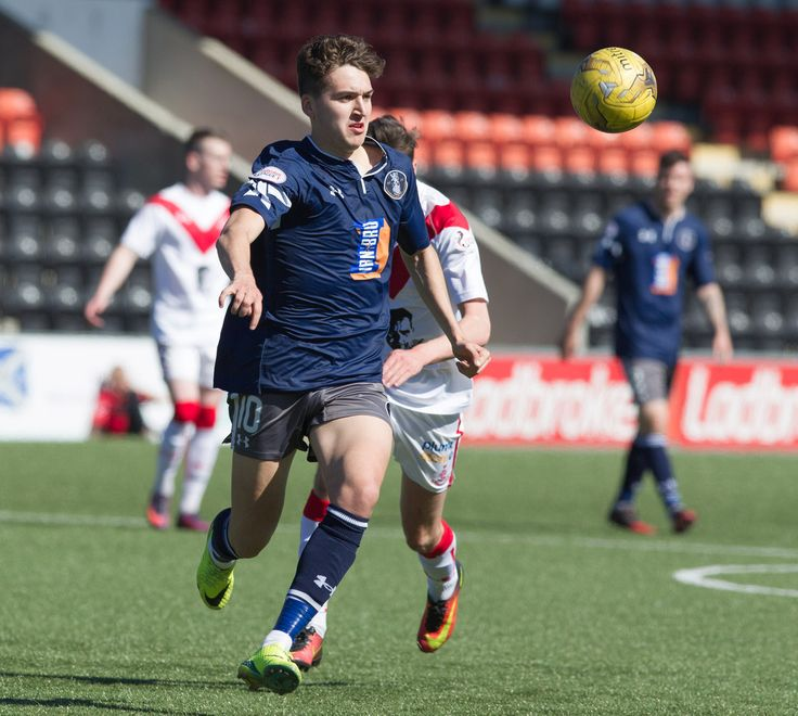 Queen's Park's Dario Zanatta in action during the Ladbrokes League One game between Airdrieonians and Queen's Park.