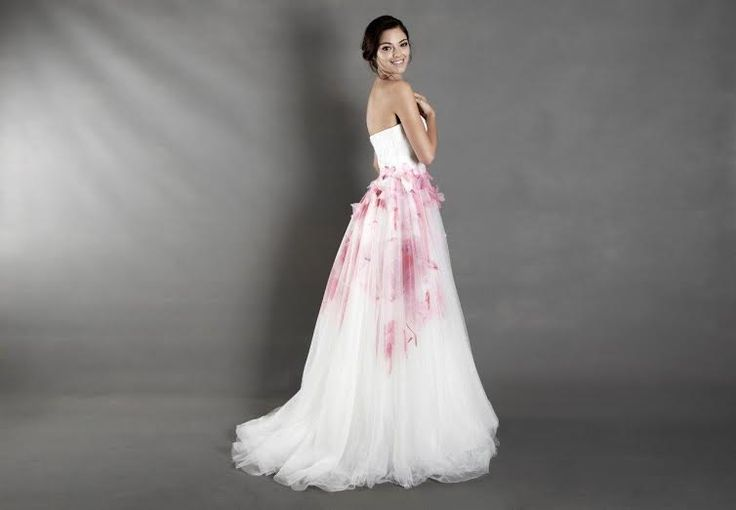 5 tips for finding your dream wedding dress
