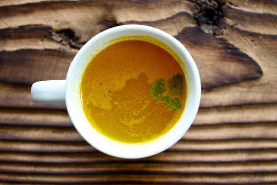 One of my FAVORITE recipes for when my joints are achey! Anti-Inflammatory Turmeric Tea | Autoimmune Paleo #autoimmunepaleo #aipaleo