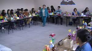 C.09.La interaccion del docente con el alumno establece vínculos y fortalece el aprendizaje. El docente nunca sabe cómo actuar ante un curso nuevo, pero las relaciones se van dando junto con la práctica diaria.