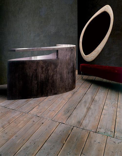 RECEPTION desk - minimal?