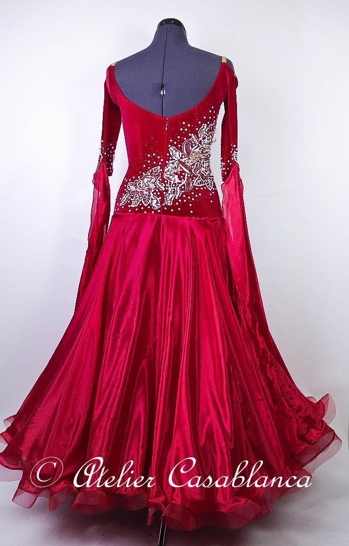 SK-IAF9 ベルベット素材にバラのモチーフをあしらったボルドー&赤のスタンダードドレス(9号) | Atelier Casablanca -ダンスドレスの部屋- - 楽天ブログ