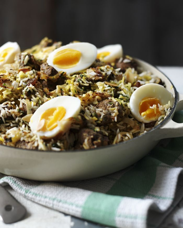 If you're planning ahead for Eid celebrations or just fancy a damn good curry, this beef biryani is for you.