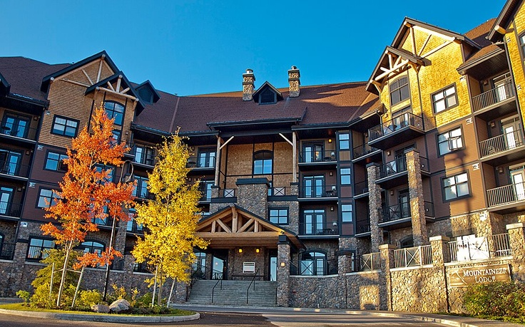 Autumn At Glacier Mountaineer Lodge Kicking Horse Mountain Resort In Golden Bc