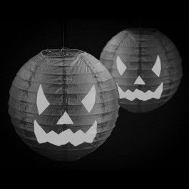 We have a great range of balloons for your Hallowe'en event, we offer foil, latex, as well as a selection of accessories, including bubbles, table centre pieces, party poppers, tinsel, lights and so much more to complete the party!
