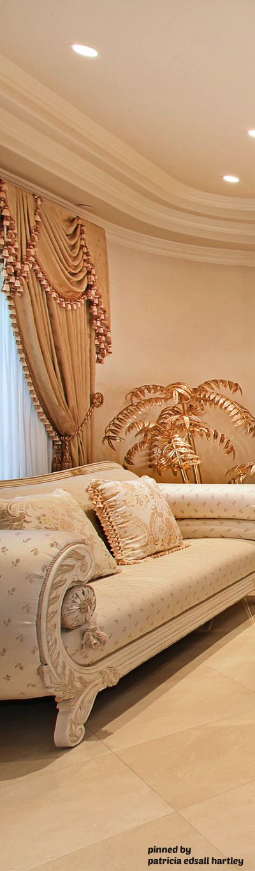 luxury home interior barockluxus interieurgotische mbelvorhnge - Gotische Himmelbettvorhnge