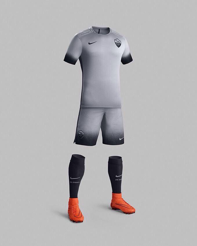 AS Roma 2015/2016 Third Kit