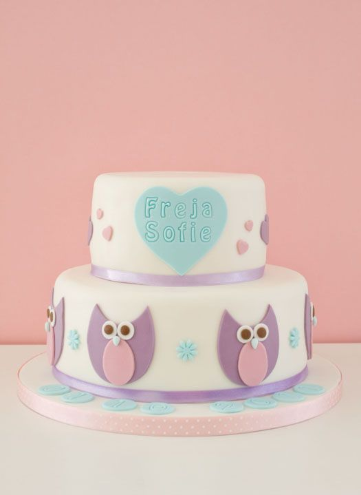 Christening cake with owls on http://cakejournal.com/cake-lounge/christening-cake-with-owls/