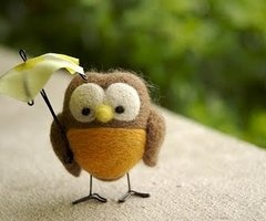many felted owls at this link, with use of wire