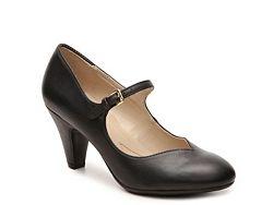Naturalizer Believe Pump Flight attendant shoes