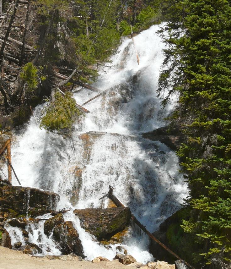 Skalkaho Falls is a short day trip up the Skalkaho Highway from Hamilton, #Montana. It's a fun ride: http://myitchytravelfeet.com/2012/06/30/skalkaho-falls/