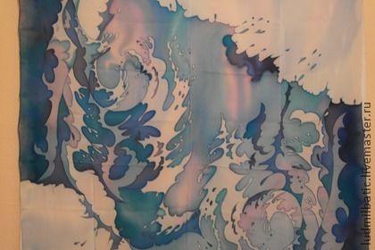 Волна. Большой, яркий и стильный платок из крепа. Креп отличается отменной износостойкостью и отличной драпируемостью, что изумительно подходит для платка. Нежный голубой цвет и интересный рисунок сделает вас неотразимой!