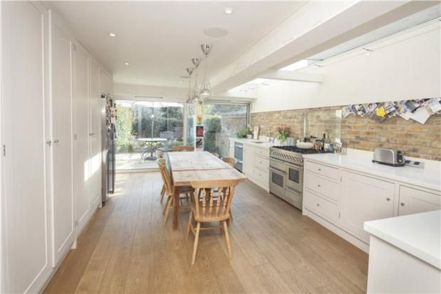 Property for sale in White Hart Lane, Barnes, London side returns on these properties double the size of the kitchen