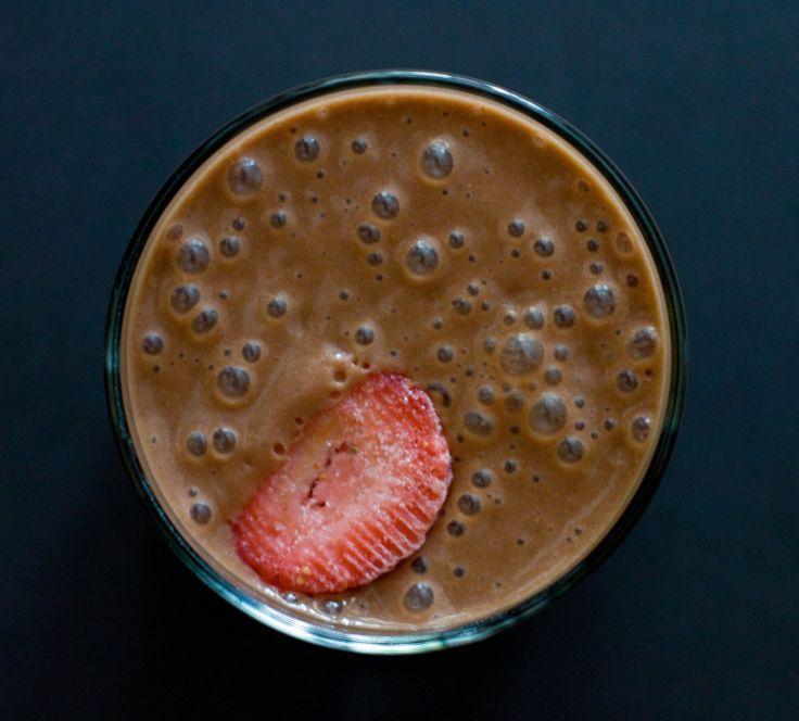 health strawberry dark chocolate smoothie