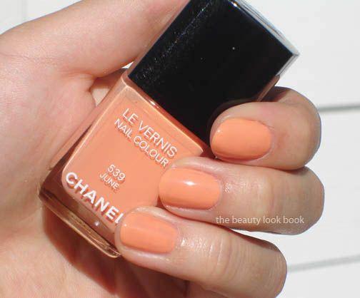 color inspiration a la Chanel!: Chanel Nails, June Nails, Nails Make Up Beauty, Chanel Polish, Chanel June Birthday, Diy Nails
