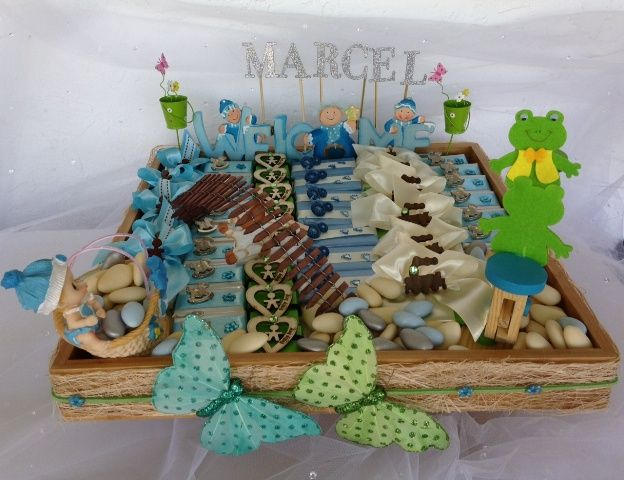 36 best chocolate decorated trays images on pinterest for Baby tray decoration