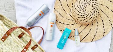 Lock in the moisture for smooth, frizz-free hair in the heat of Summer with the Avon Advanced Techniques hair care products. #AvonRep