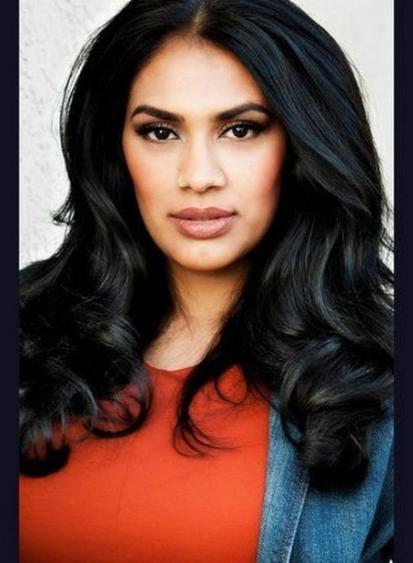 TINDER BADHESHA | Beautiful face, Beauty, Tinder badhesha