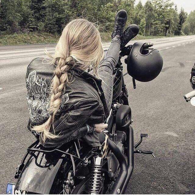 Motorrad fahren ist voll Cool;)