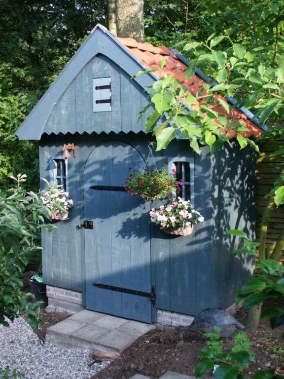 Google Afbeeldingen resultaat voor http://www.theovanraaij.nl/uploads/images/Gallery/Schuurtje/romantisch-tuinhuisje2.jpg