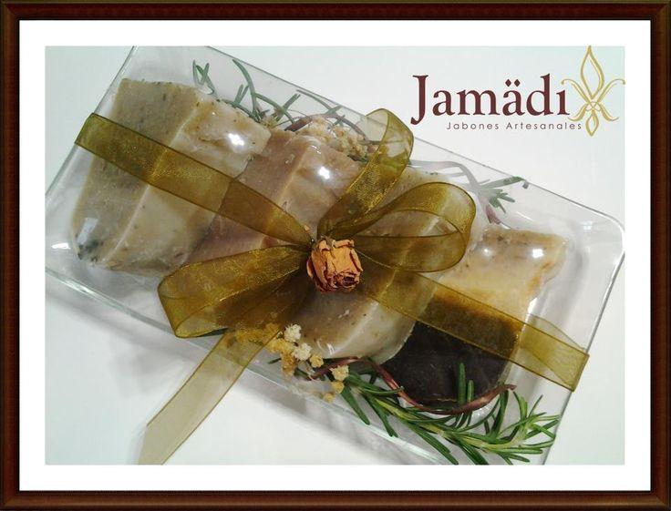 Tu regalo con mejor jabon! Jabones de tu gusto. Hechos 100% a mano y con aceites vegetales, sin conservadores, aromas y colorantes sintéticos. Contáctanos http://www.jamadi.com.mx/ Tel. 1425 5188  jamadi.cn@gmail.com  https://www.facebook.com/JamadiCosmeticaNatural https://www.facebook.com/jamadiinsumosSPA https://www.facebook.com/jamadi.jabonesartesanales.9  https://twitter.com/JamadiCN