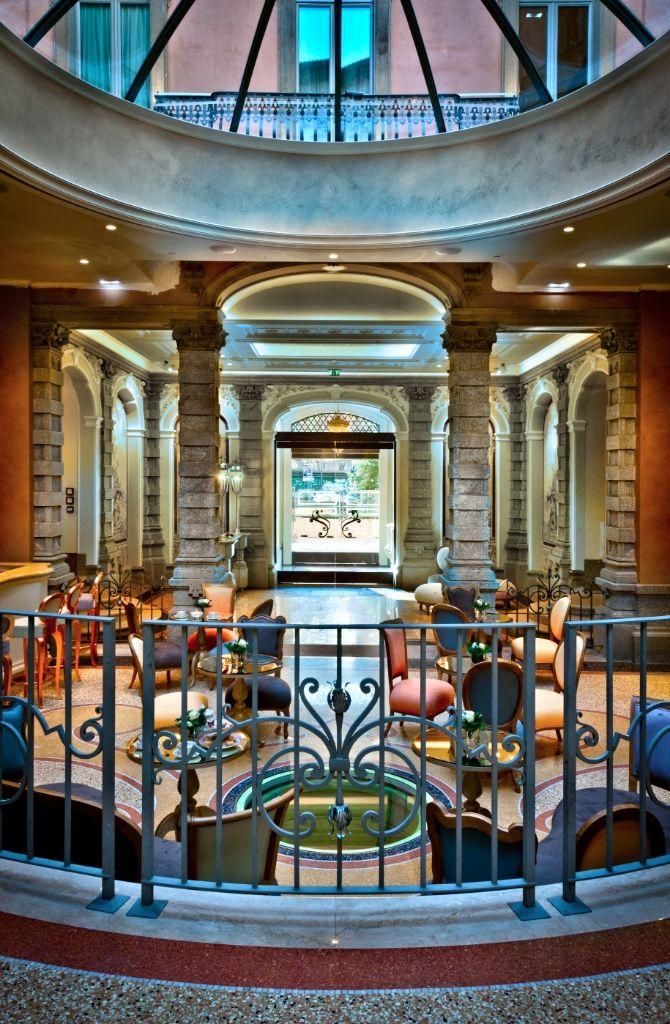 Luxury Five Star Hotel Milan - Chateau Monfort -