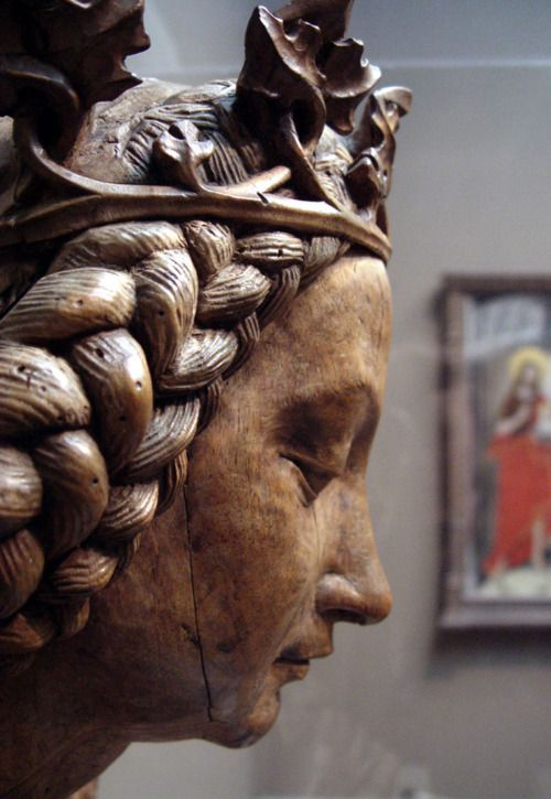 One of the best examples of gothic wood carving technique  Reliquary Bust of Saint Margaret of Antioch. Attributed to Nicolaus Gerhaert van Leyden (act. in Germany, 1462 - 73), netherlandish. 1465-70. Walnut with traces of polychromy.